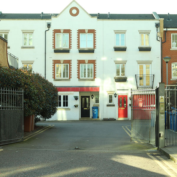 Photo of front of townhouse Edgar Wallace Close